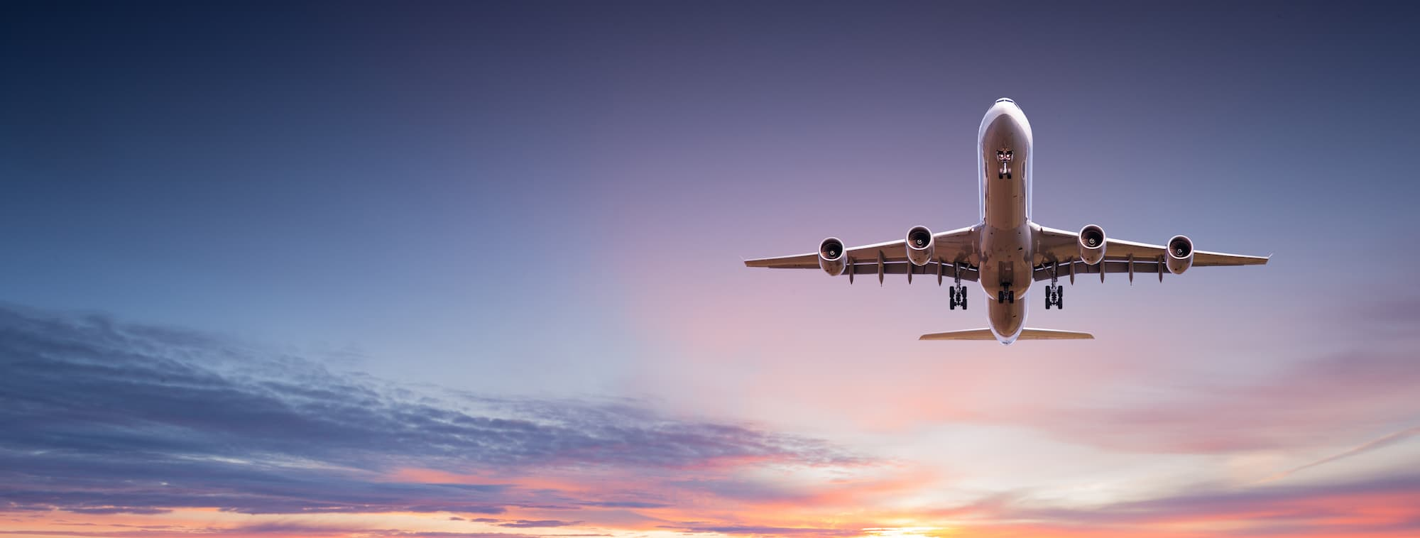 A plane lands in Tampa Bay, Florida carrying an out of town patient for Arviv Plastic Surgery